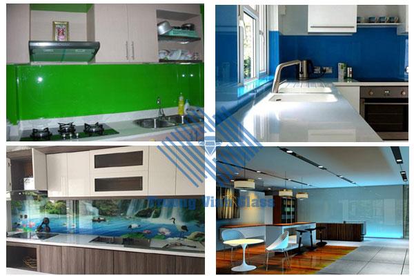 Kính màu ốp bếp tường cho ngôi nhà xinh xắn