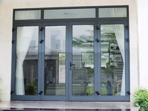 Hình minh họa: Mẫu cửa kính cường lực 4 cánh mở quay